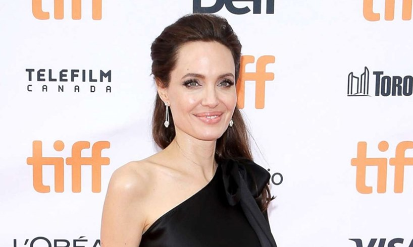 Vivienne Marcheline Jolie-Pitt Is A Trendy Fashionista In New Photos With Loving Mother Angelina Jolie - US Daily Report